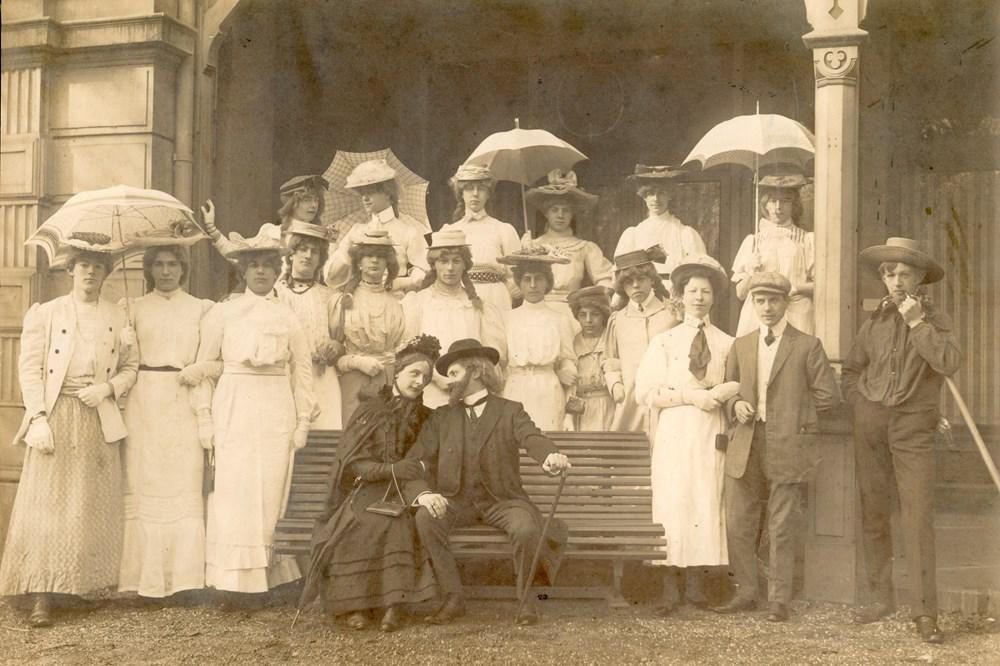 1910 Verenigingsleven Operette 'de verloving van Henriette Muurbloem'