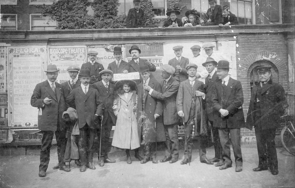1911 Verenigingsleven Z.A.C.-supporters bij Nederland - Engeland