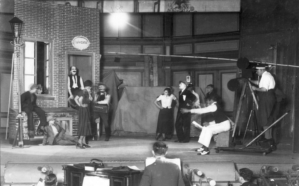 1934 Verenigingsleven De revue: ''t is voor mekaar!' t.g.v. het behaalde kampioenschap