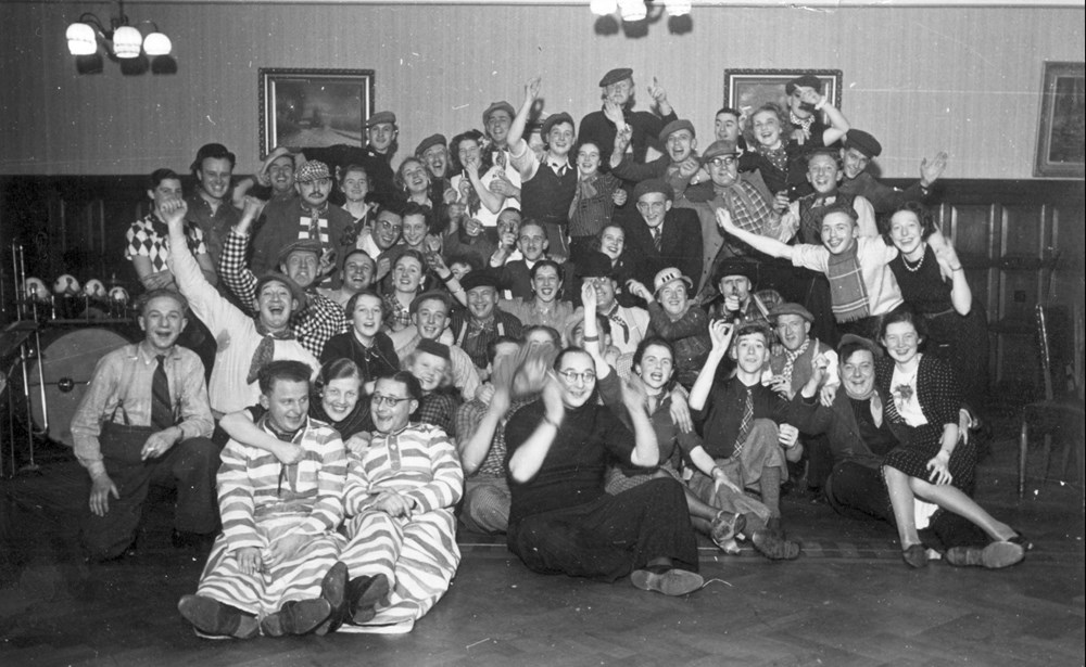 1938 Verenigingsleven Nafuif voor alle revuemedewerkers