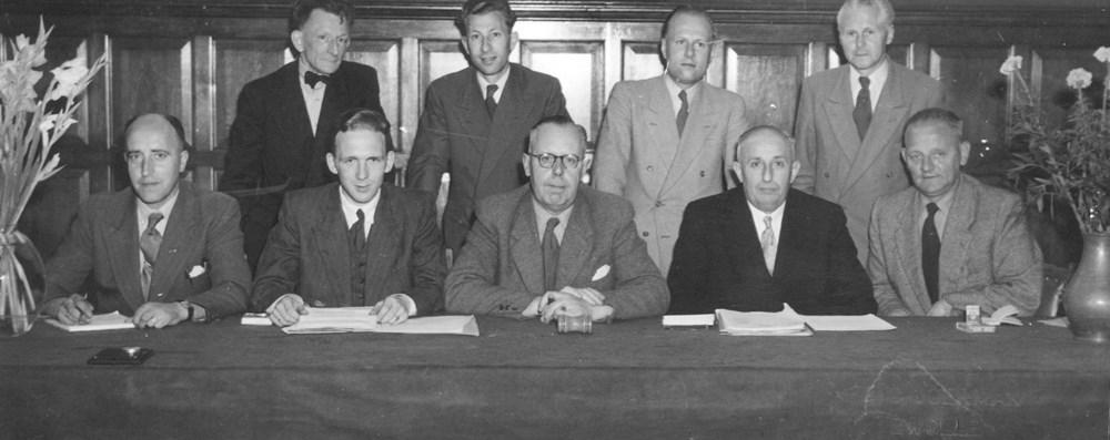 1953 Bestuur Algemeen Bestuur bijeen