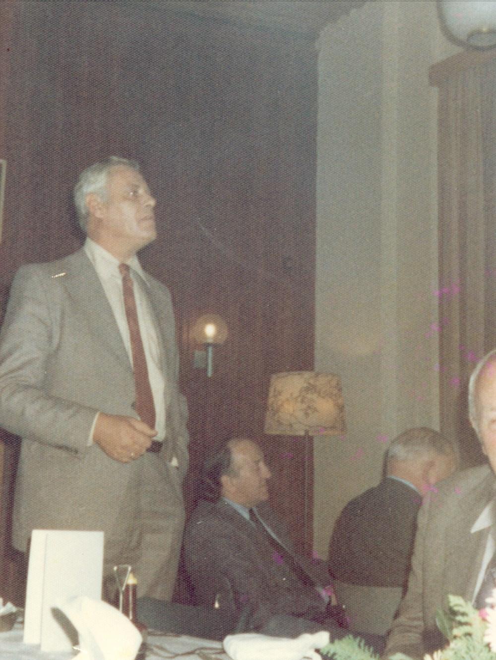 1976 Verenigingsleven Tussentijdse reünie (diner)
