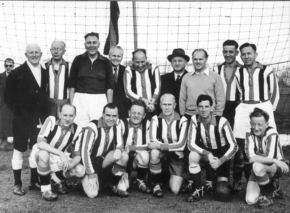 1953 Voetbal Jubileumwedstrijd Z.A.C.-veteranen