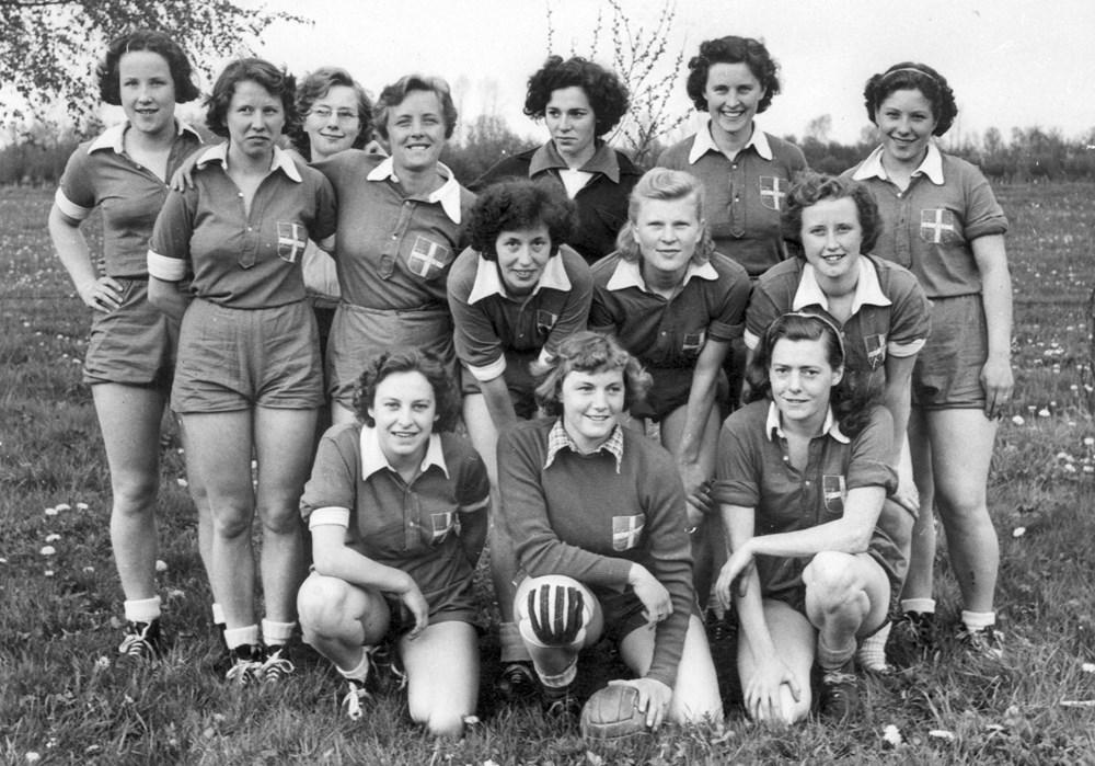 1951  Handbal Z.A.C. Dames 1 opnieuw Oostelijk kampioen.