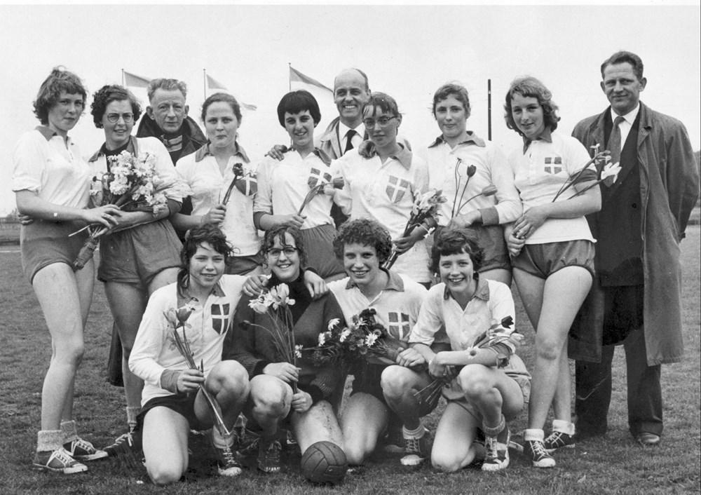 1957 Handbal Meisjes junioren kampioen