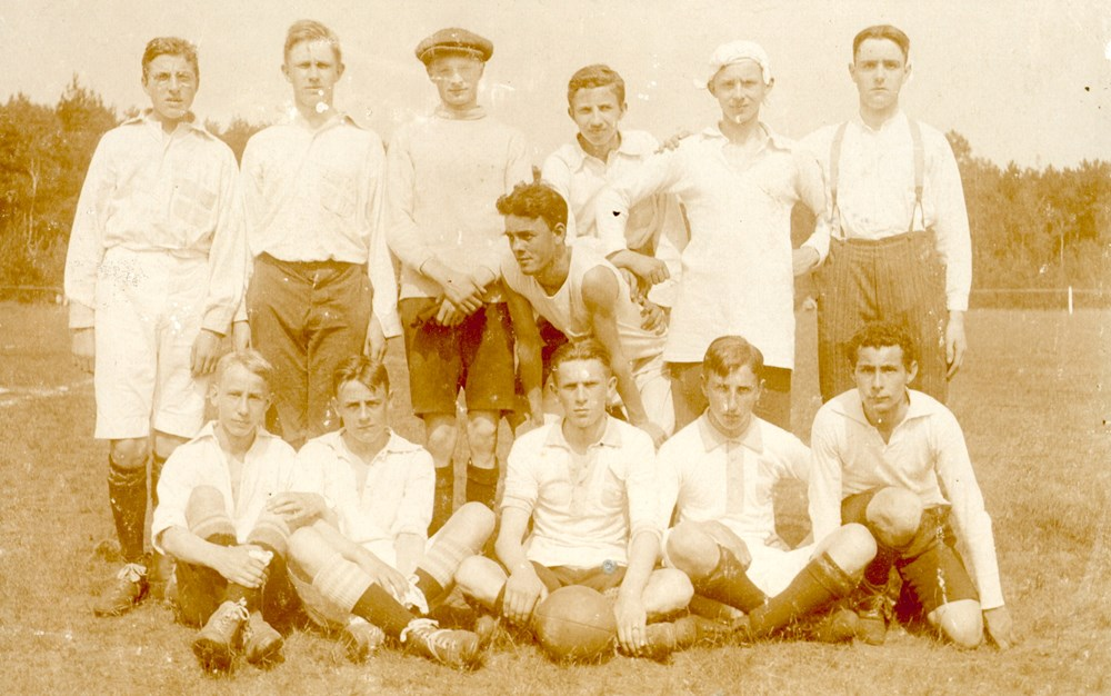 1915 Voetbal Z.A.C. 3
