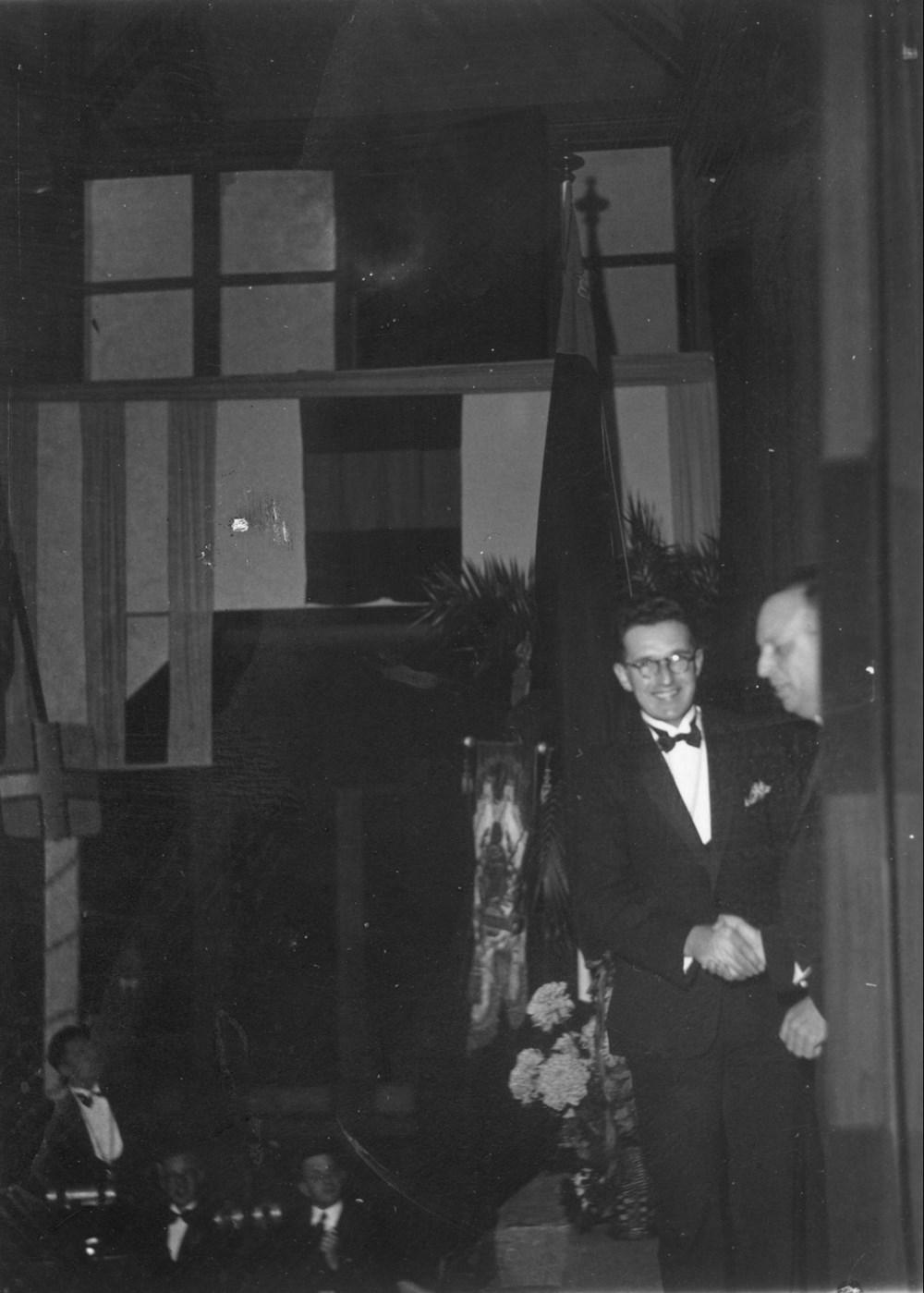 1933 Verenigingsleven Aanbieding KNVB-bondsvlag