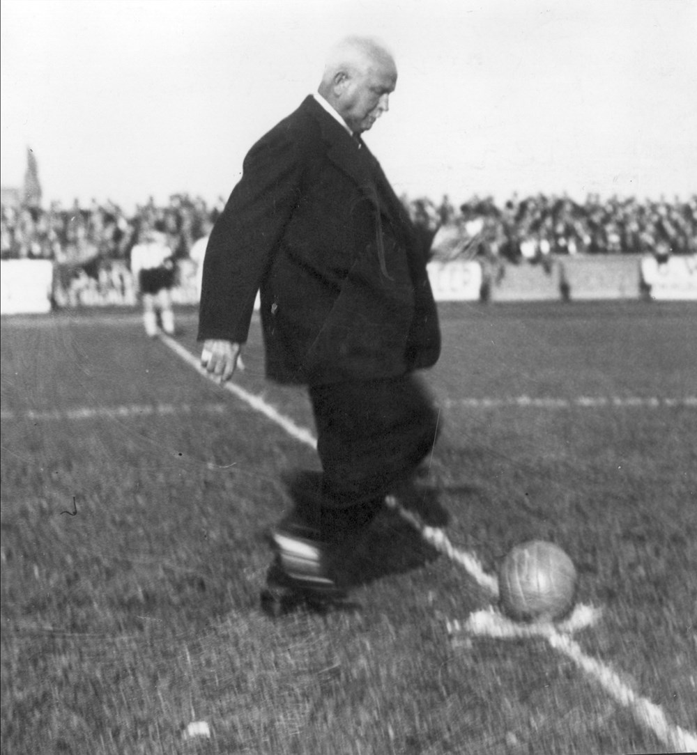 1935 Verenigingsleven Opening Gemeentelijk Sportpark Zwolle