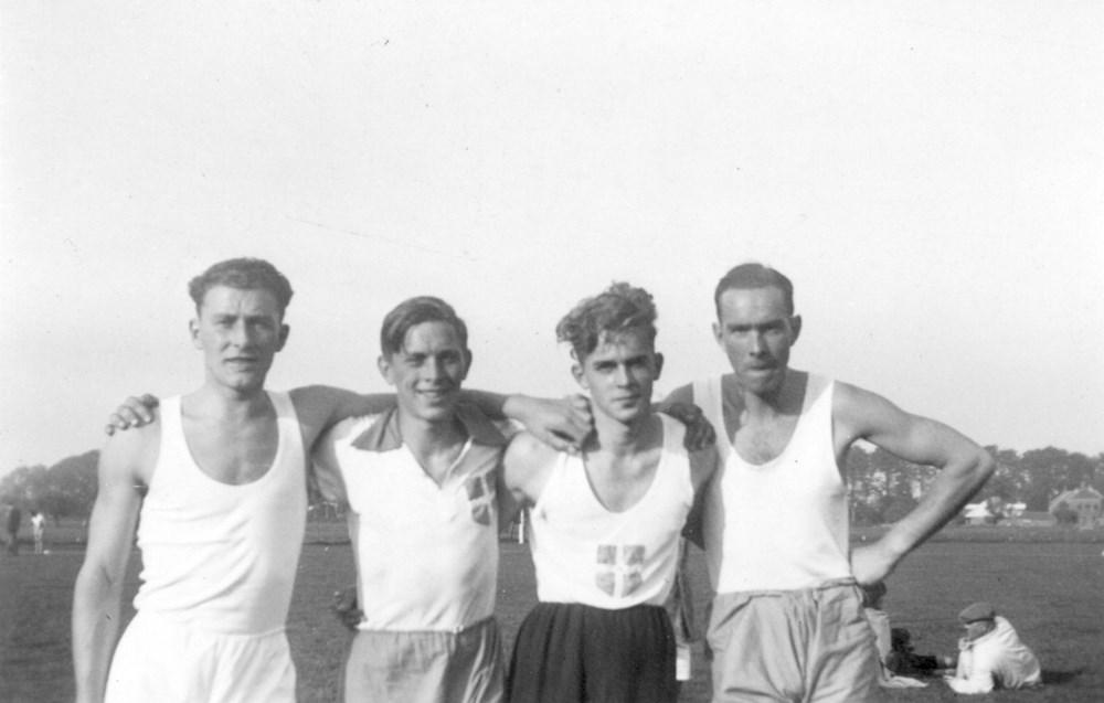1941 Atletiek De 4 x 100 estafetteploeg van Z.A.C.