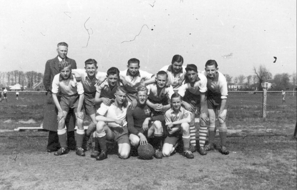 1942 Voetbal Z.A.C. A jeugd