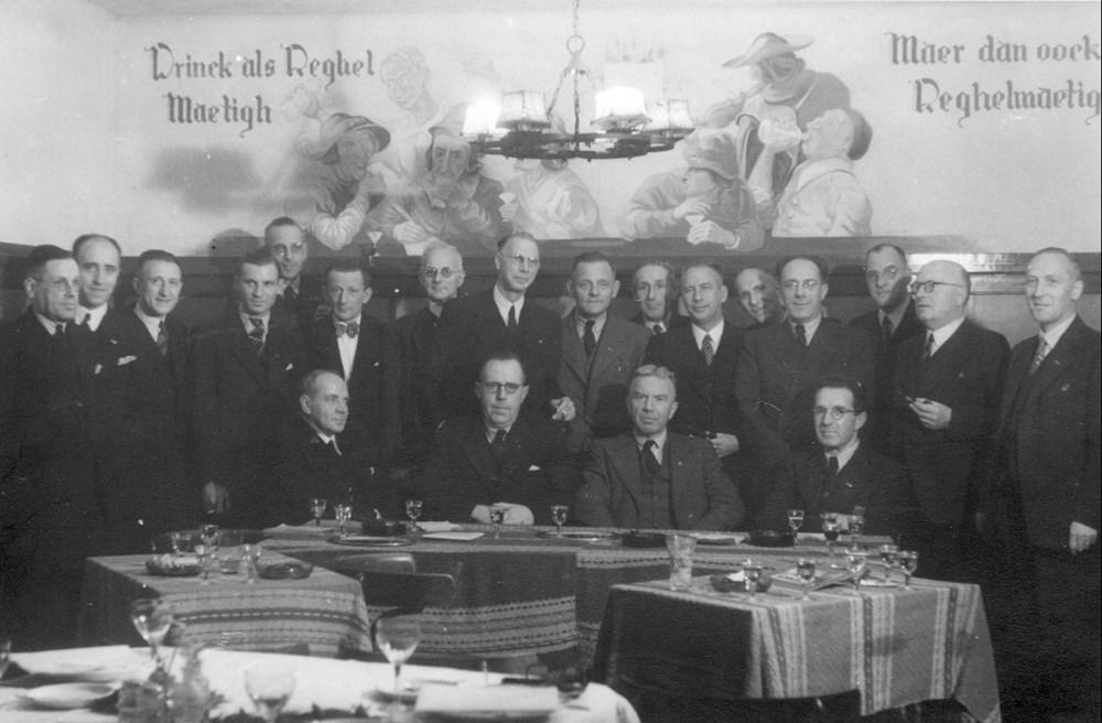 1945 Verenigingsleven Benoeming Ere-voorzitter en Erelid