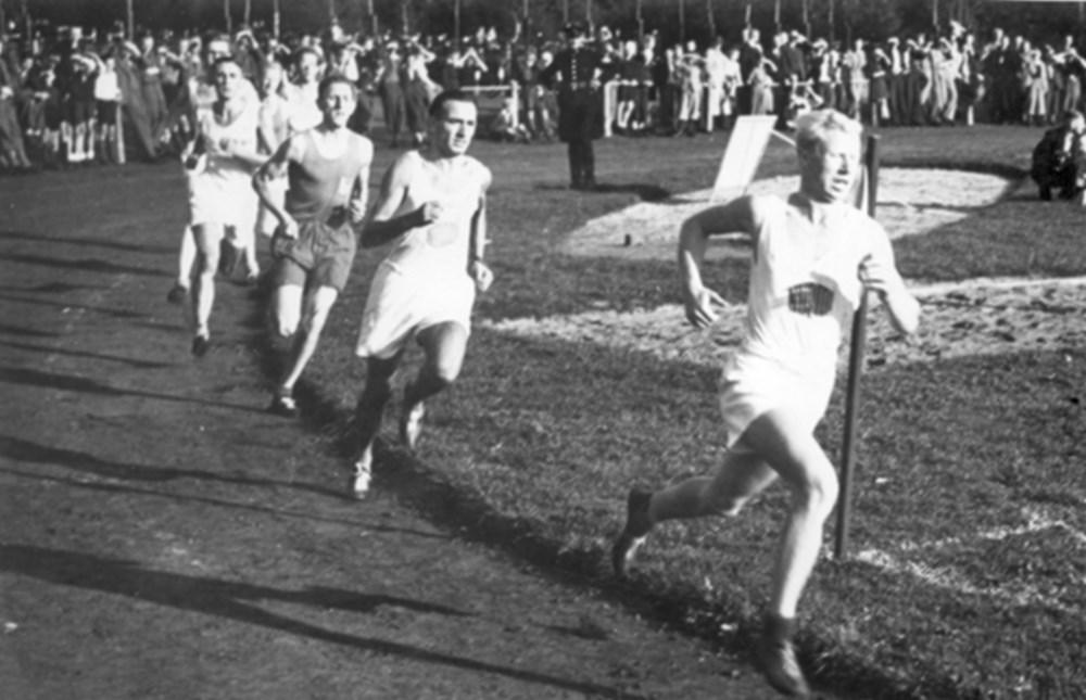 1947 Atletiek Oostelijk record Olympische Estafette