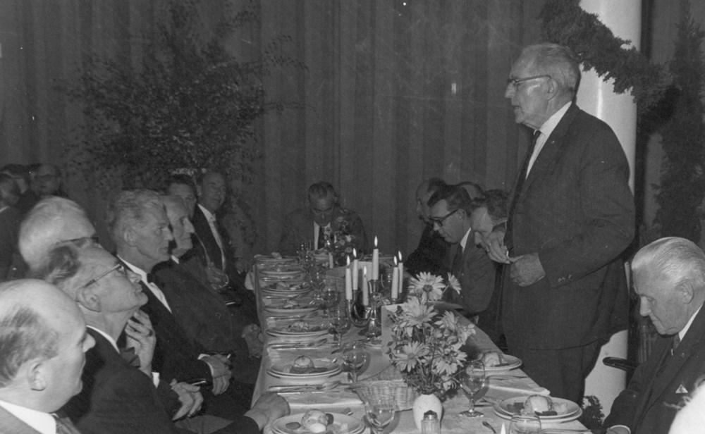 1968 Verenigingsleven Diner reünisten Z.A.C. 75 jaar