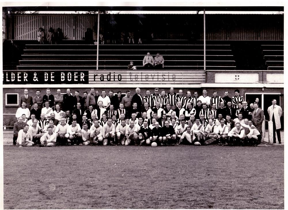 1969 Voetbal Veteranentoernooi op het terrein van Z.A.C.