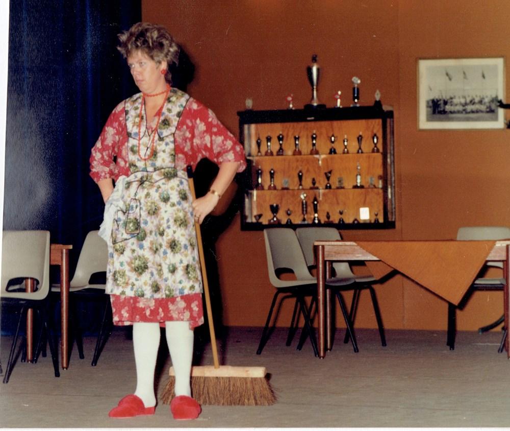 1983 Verenigingsleven Z.A.C.-revue t.g.v. het 90-jarig jubileum