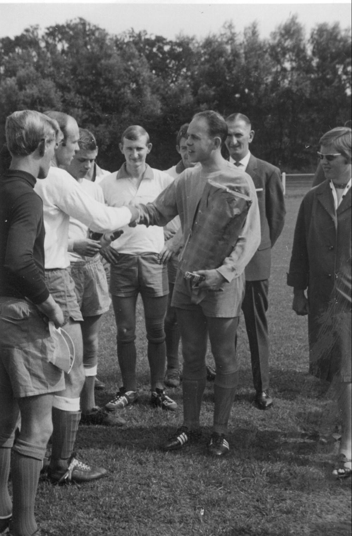 1967 Voetbal Afscheidswedstrijd Jochem van Zanten